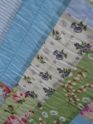 Wall paper quilt 027