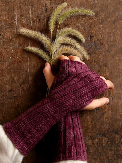 slouchy-hand-warmers-425.jpg?__SQUARESPACE_CACHEVERSION=1287934523624